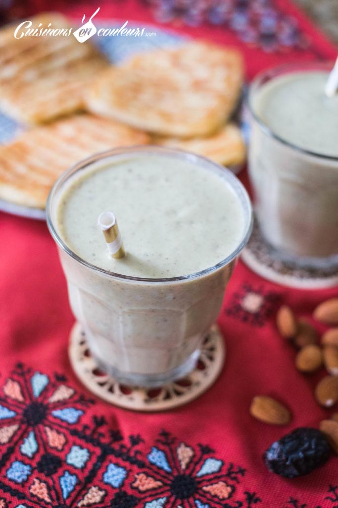 smoothie-avocat-fruits-secs-2-683x1024 - Smoothie à l'avocat et aux fruits secs (plus connu sous le nom de ZaaZaa au Maroc)