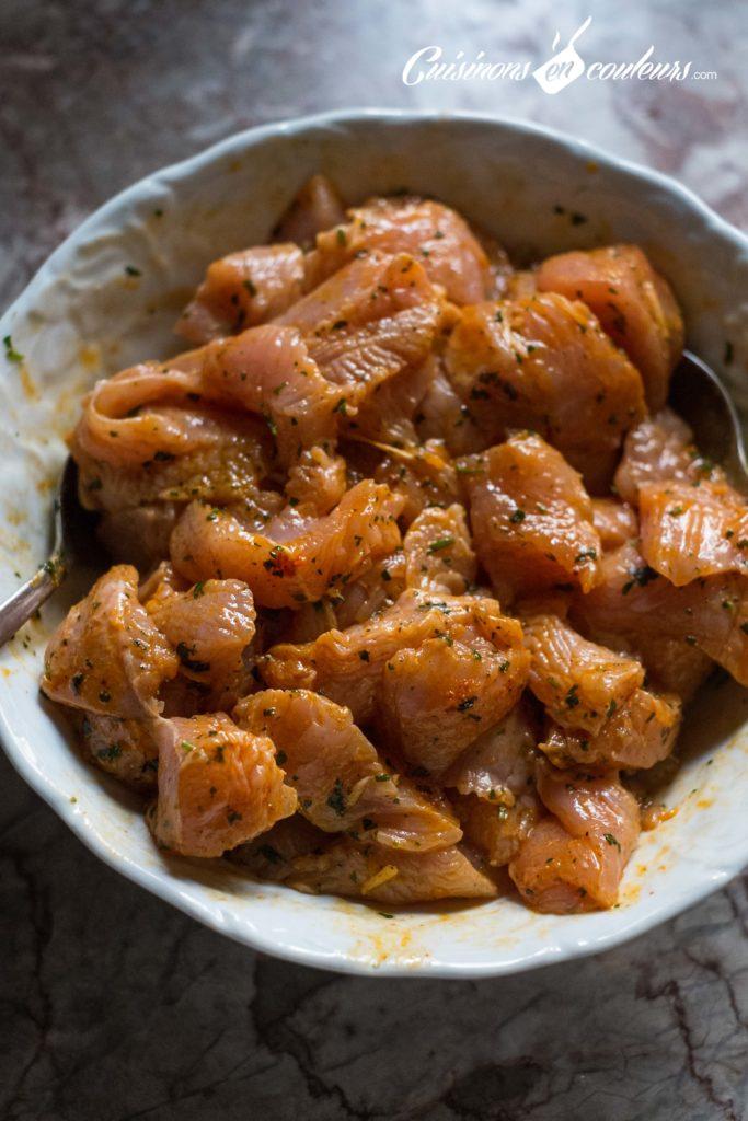 brochettes-poulet-3-683x1024 - Brochettes de poulet au paprika