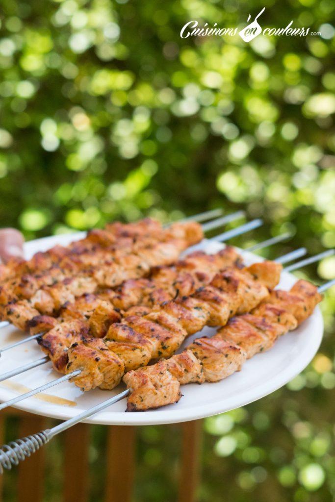 brochettes-poulet-6-683x1024 - Brochettes de poulet au paprika