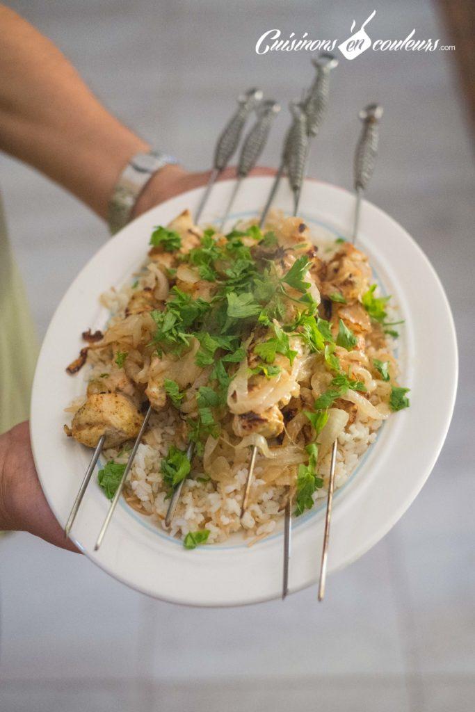 brochettes-poulet-cannelle-8-683x1024 - Brochettes de poulet au yaourt et aux épices