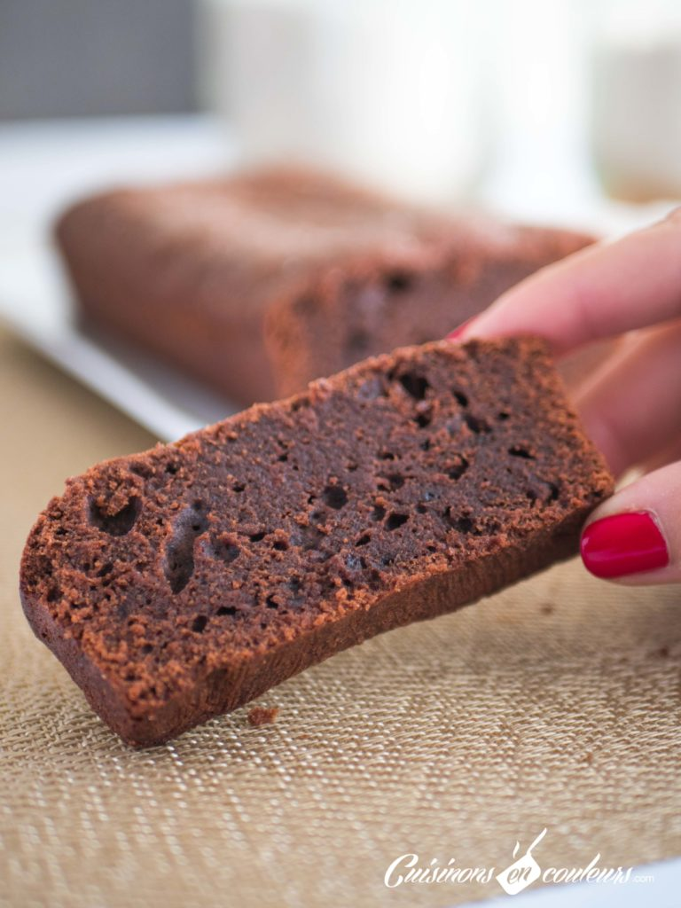 Gâteau-au-chocolat-9-768x1024 - Gâteau au chocolat HYPER  facile (recette INRATABLE)