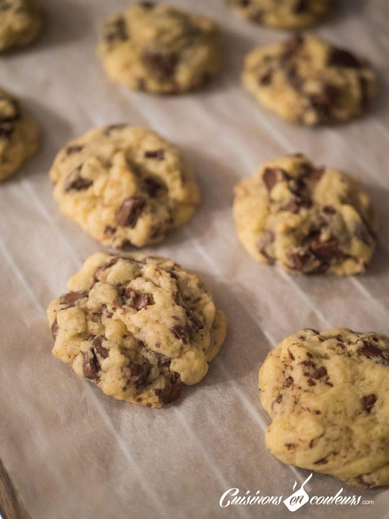 Cookies-4-768x1024 - Cookies aux pépites de chocolat façon Levain Bakery