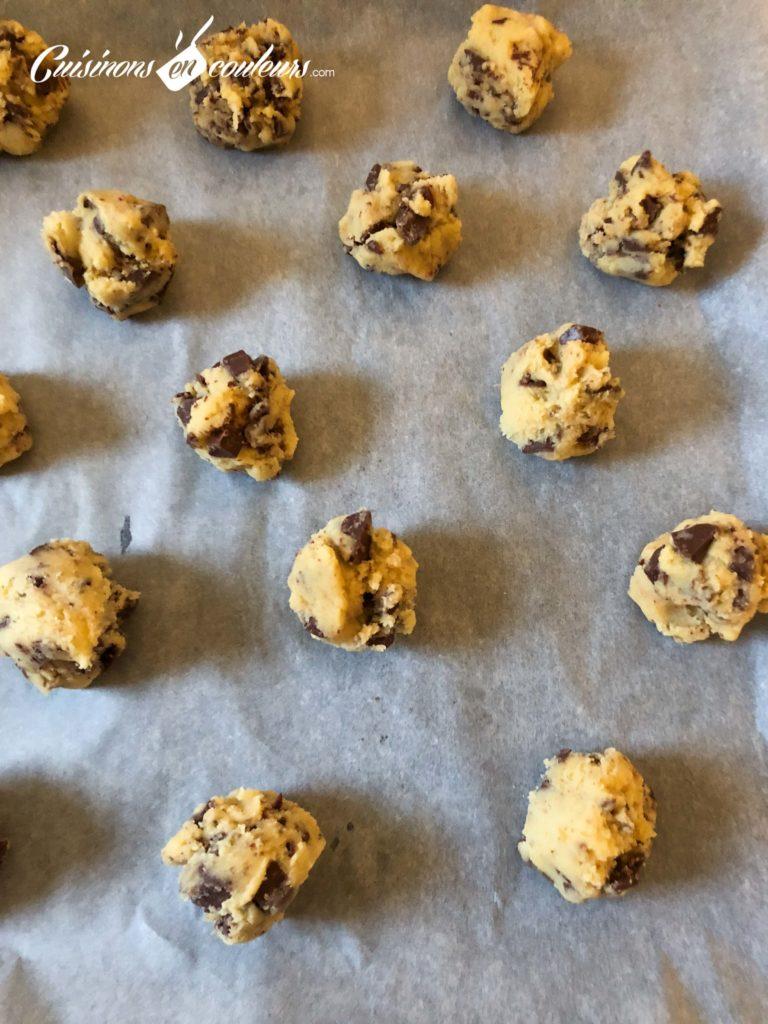 Cookies-Levain-Bakery-7-768x1024 - Cookies aux pépites de chocolat façon Levain Bakery