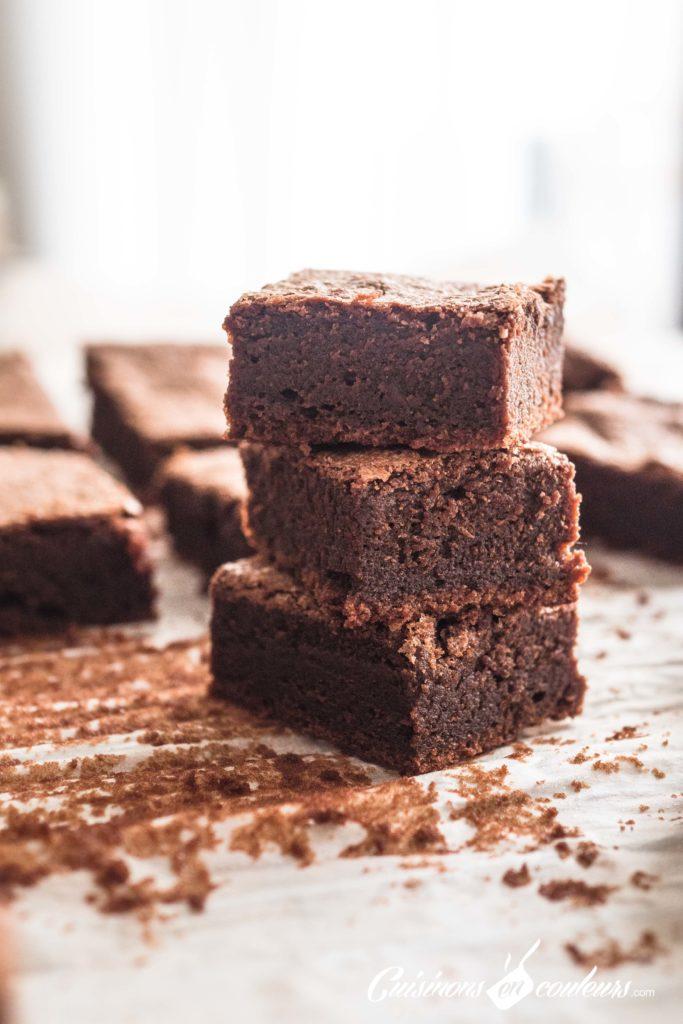 Gâteau-fondant-au-chocolat-de-DINGUE-15-683x1024 - Gâteau fondant au chocolat de DINGUE