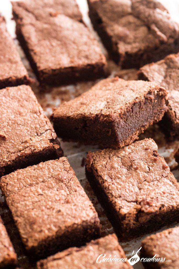 Gâteau-fondant-au-chocolat-de-DINGUE-8-683x1024 - Gâteau fondant au chocolat de DINGUE