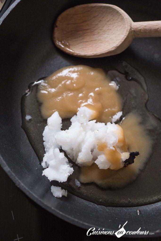 Granola-fait-maison-4-683x1024 - Granola aux amandes et noix de cajou grillées et au chocolat