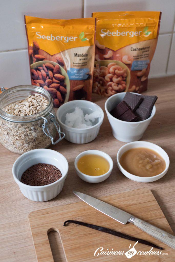 Granola-fait-maison-683x1024 - Granola aux amandes et noix de cajou grillées et au chocolat