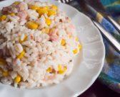 Salade de riz au thon et au maïs