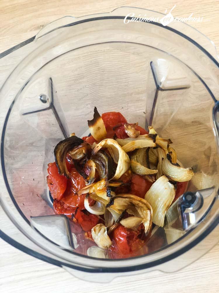 Soupe-froide-de-tomates-et-oignons-rôtis-4 - Soupe froide de tomates et oignons rôtis