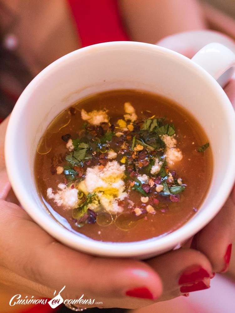 Soupe-froide-de-tomates-et-oignons-rôtis-9 - Soupe froide de tomates et oignons rôtis
