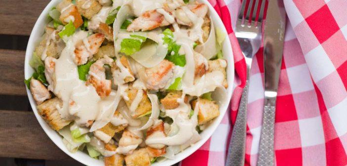 Salade César maison, très facile