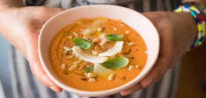 Soupe froide de tomates et tomates séchées