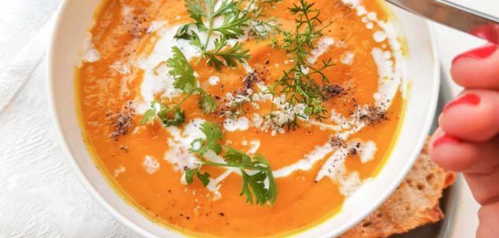 Velouté de carottes et patates douces à la citronnelle et au lait de coco