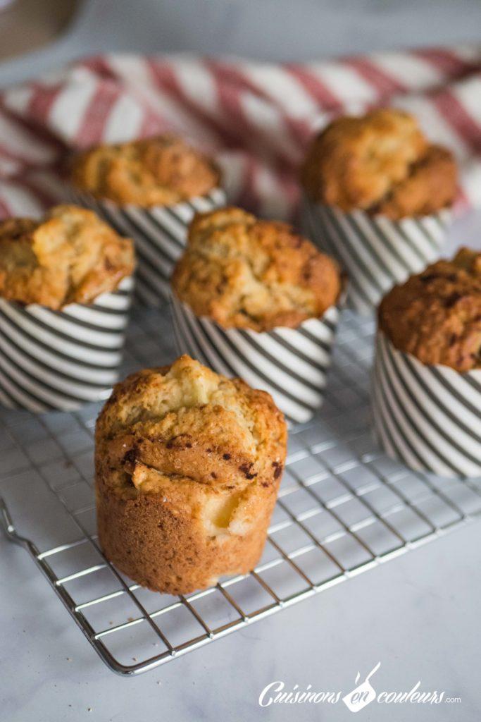Muffins-aux-pommes-683x1024 - Muffins aux pommes et à la cannelle