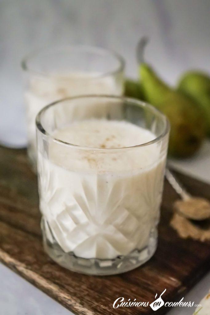 smoothie-poire-cardamome-683x1024 - Smoothie aux poires et à la cardamome