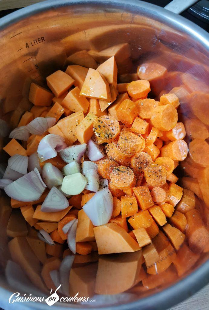 Soupe-carottes-cumin-6-691x1024 - Velouté de carottes et patate douce au cumin