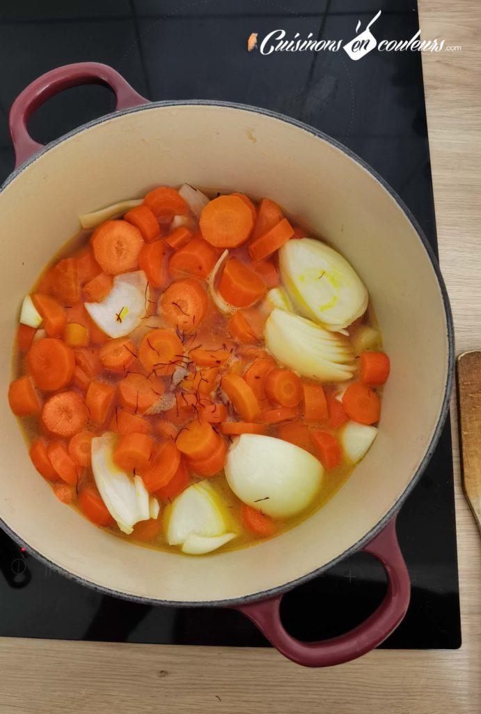 Velouté-de-carottes-au-safran-8-691x1024 - Velouté de carottes au safran
