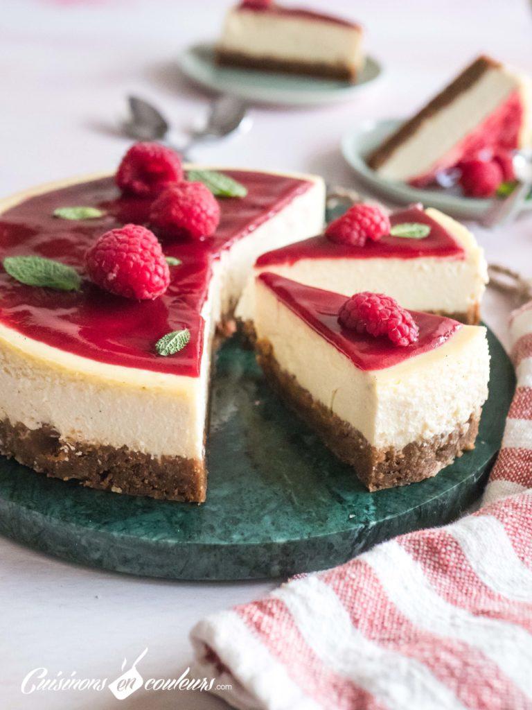 Cheesecake-maison-8-768x1024 - Cheesecake fondant au coulis de framboises