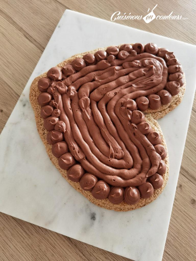 Gateau-choco-noisettes-4-768x1024 - Gâteau croustillant aux noisettes et à la mousse au chocolat