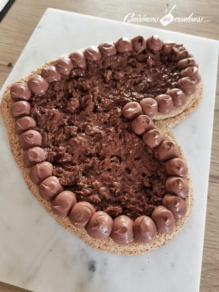 Gateau-choco-noisettes-5-768x1024 - Gâteau croustillant aux noisettes et à la mousse au chocolat