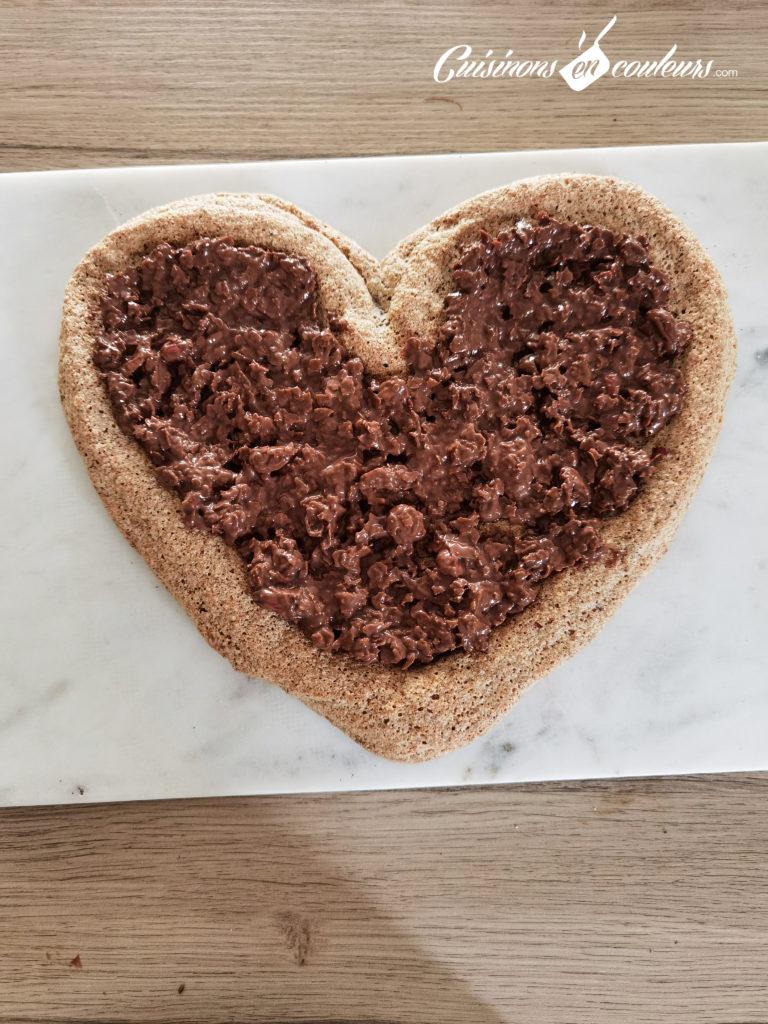 Gateau-choco-noisettes-9-768x1024 - Gâteau croustillant aux noisettes et à la mousse au chocolat