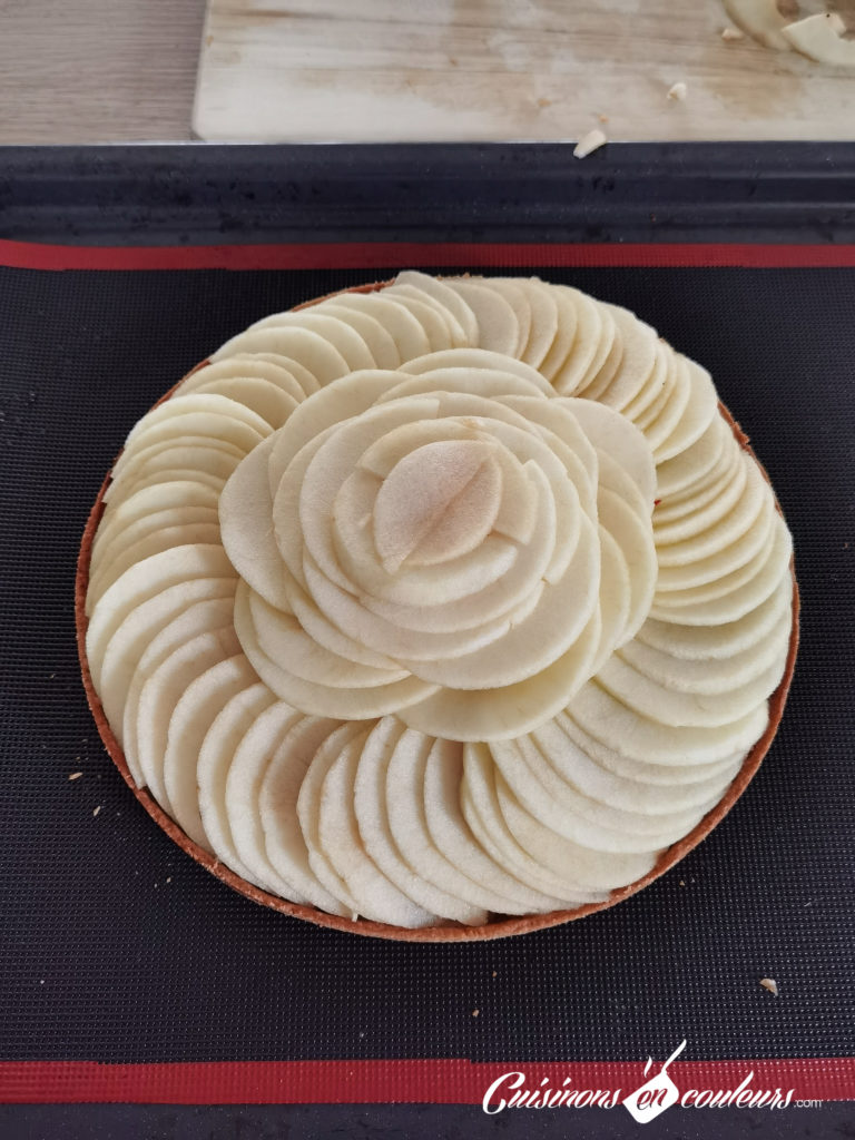 tarte-aux-pommes-12-768x1024 - Tarte aux pommes HYPER facile
