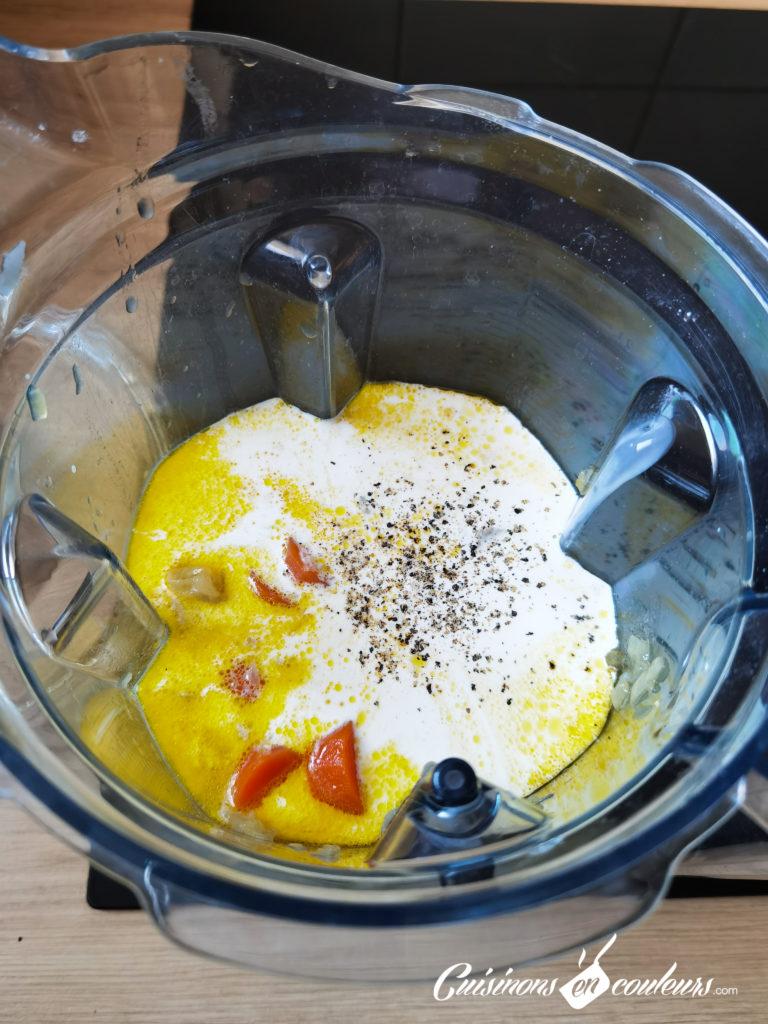 veloute-de-poireaux-pommes-de-terre-et-thym-6-768x1024 - Velouté de carottes au pesto et burrata