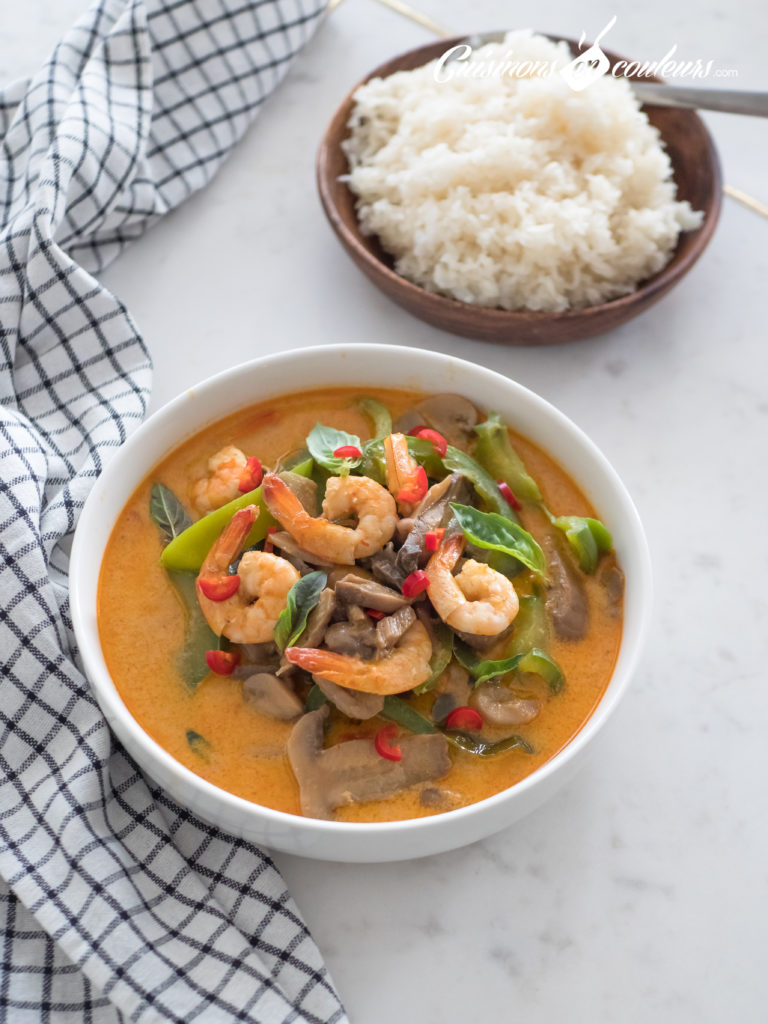 curry-rouge-de-crevettes-3-768x1024 - Crevettes au curry rouge et au lait de coco