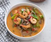 Crevettes au curry rouge et au lait de coco