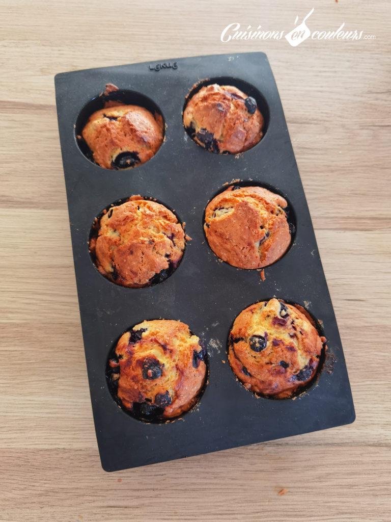 muffins-myrtilles-12-768x1024 - Muffins aux myrtilles et citron vert