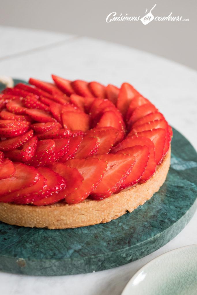 tarte-aux-fraises-3-1-683x1024 - Tarte aux fraises et aux amandes