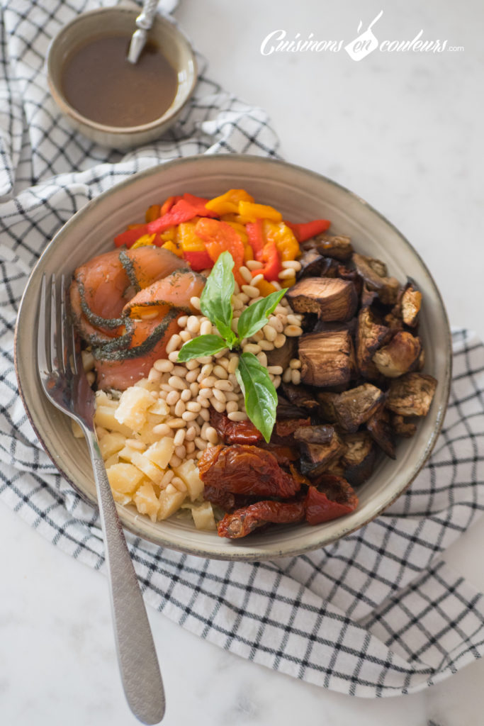 Salade-composee-Salad-bowl-3-683x1024 - Salad Bowl au saumon, aubergines rôties... et plein d'autres choses !