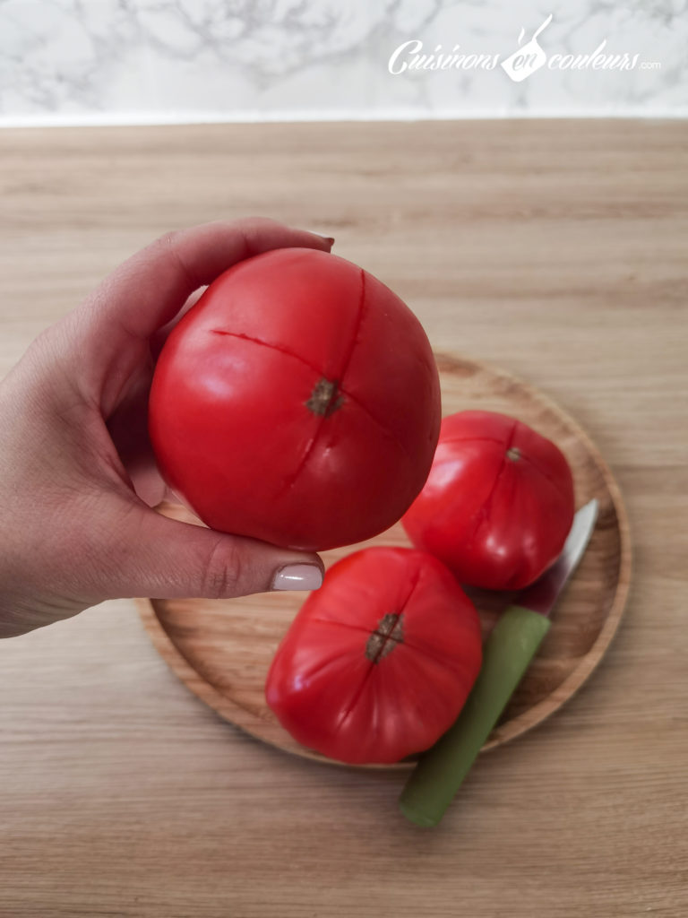 soupe-froide-tomates-fraises-13-768x1024 - Soupe froide de tomates et fraises au basilic