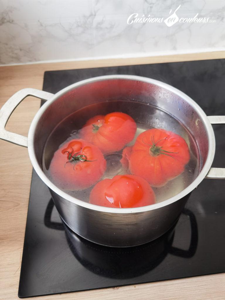soupe-froide-tomates-fraises-14-768x1024 - Soupe froide de tomates et fraises au basilic