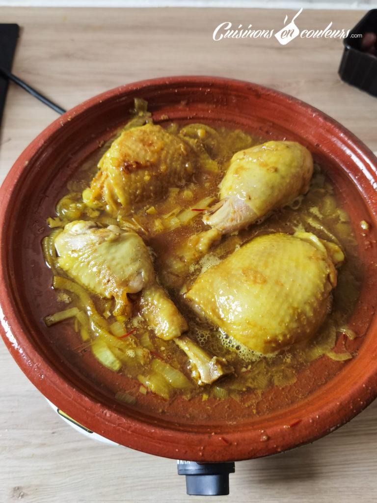 tajine-poulet-frites-10-768x1024 - Tajine de poulet mqualli aux olives et citron confit